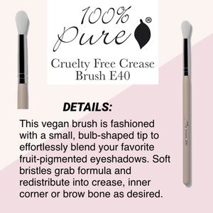 100% PURE: Crease Brush E40
